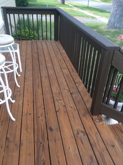 2 Tone Deck Semi-Transparent and Solid color Deck Stain