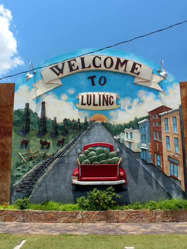 Welcome to Luling Mural