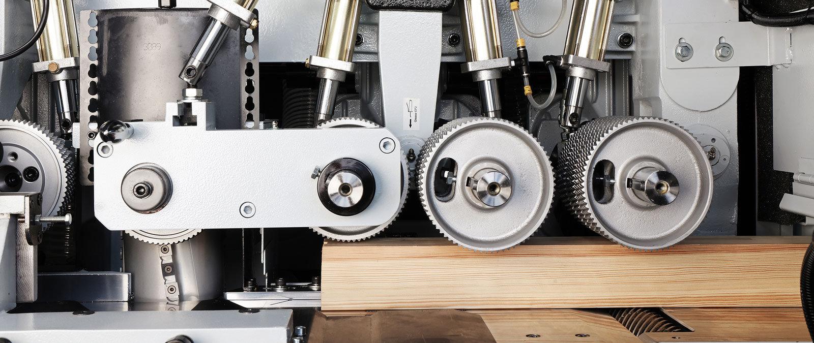 machine 4.jpg