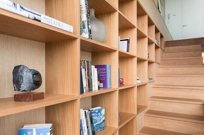 Meamine Shelf