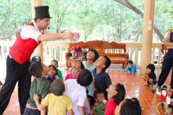 2017.07.07 Show Bann Luk Rook Orphanage Khon Kaen Thailand 6 bis