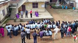 2017.07.27_9am_Show_Sharada_public_school_Bhaktapür_Nepal_1_bis