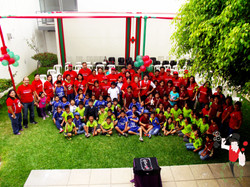 2015.12.08_Show_Voluntariado_ScotiaBank_y_los_niños_de_Alto_Trujillo,_Trujillo,_Peru_8_bis
