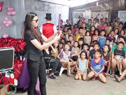 2017.07.02 Show MBW Tondo Manila 2 bis