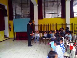2014.07.06_Magia_Hogar_del_Nino_San_Vincente_de_Paul_Quito_Ecuador 2 bis