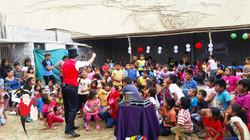 2015.12.17 10am Show Voluntariado La Esperanza, Trujillo, Peru 4 bis