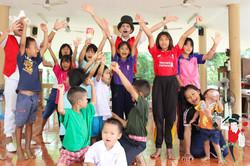 2017.07.07 Show Bann Luk Rook Orphanage Khon Kaen Thailand 8 bis
