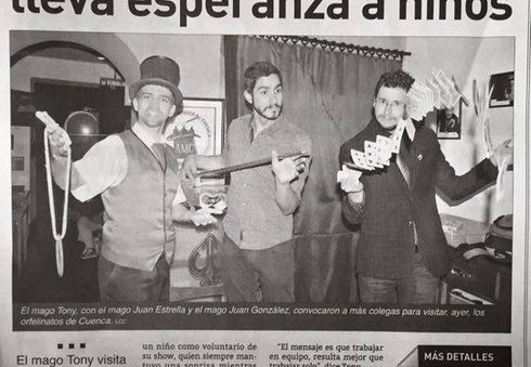 05.2015 Article about Magic Brothers World performing Charity Magic Shows in Ecuador (Spanish)
