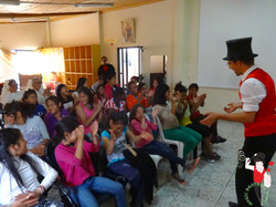 2016.05.21_2.30pm_Orfanato_Fundación_Laura_Vicuña_Cuenca_Ecuador_4_bis