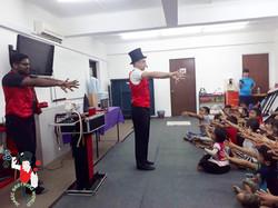 2017.09.08 Show MWB Burmese Refugee School KL Malaysia 1 bis