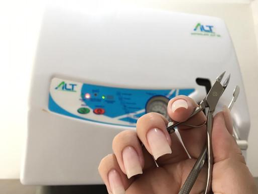 Entenda a importância da autoclave para a manicure e a esteticista