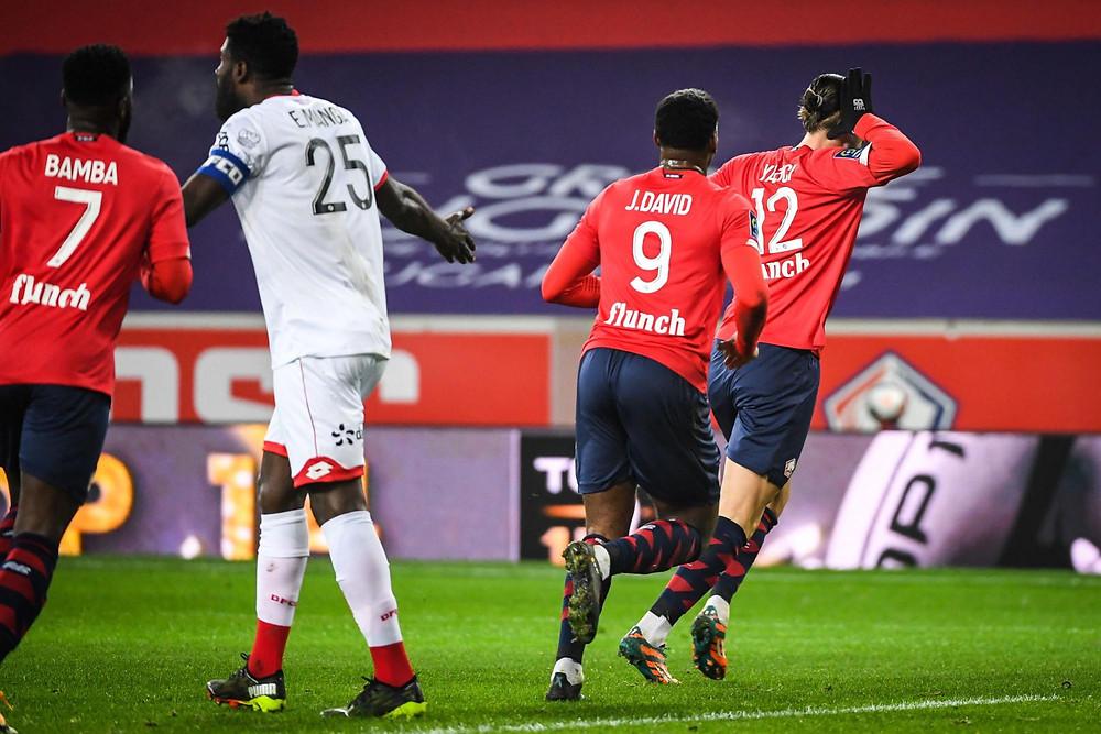 Yazici célèbre son but face au DFCO au stade Pierre-Mauroy