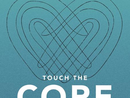 Eintauchen ins Buch 'Touch the Core. Die Tiefe berühren.'