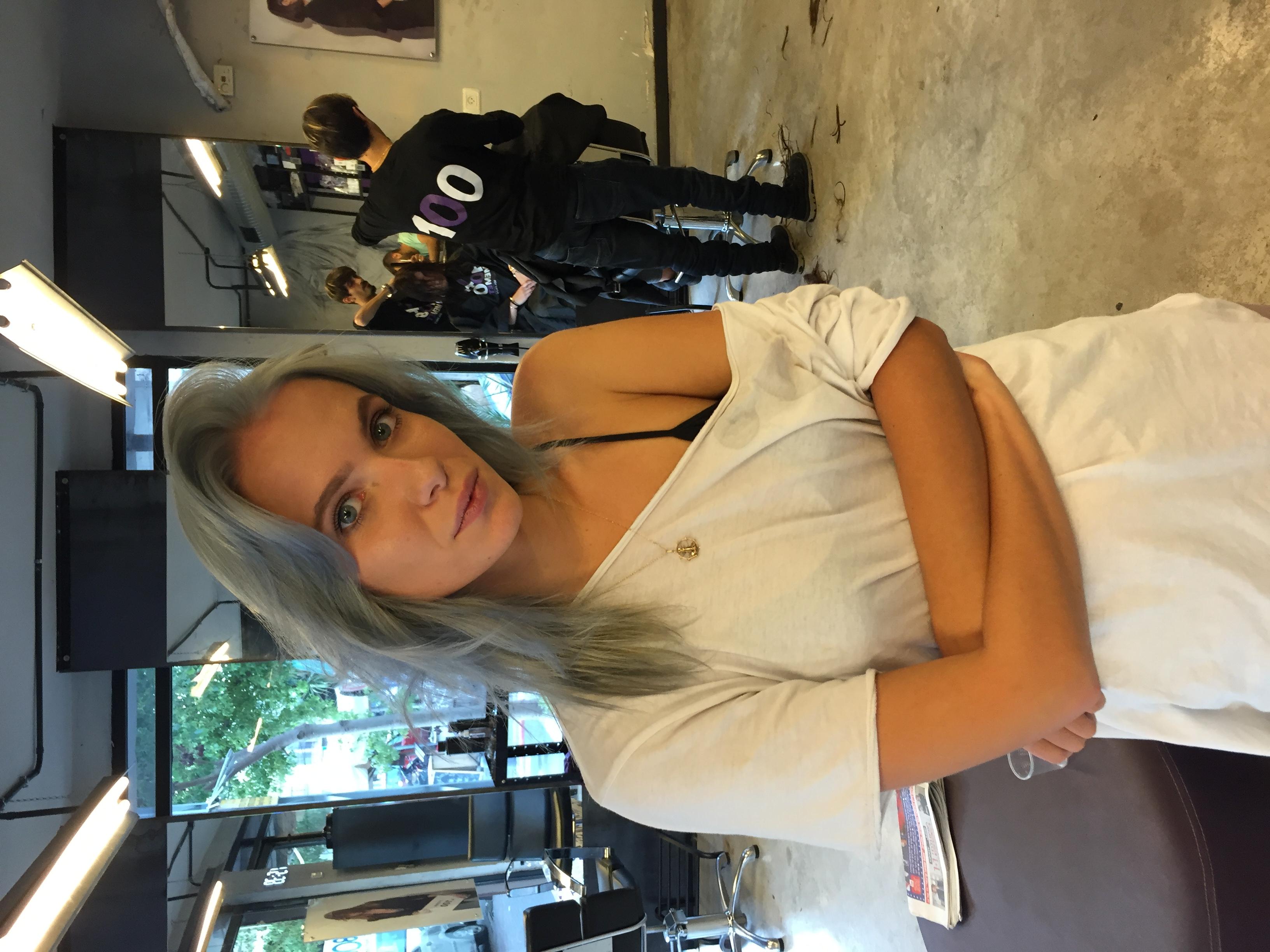 צבע סילבר אפור בשיער