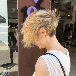 תספורות קצרות שיער בלונדיני