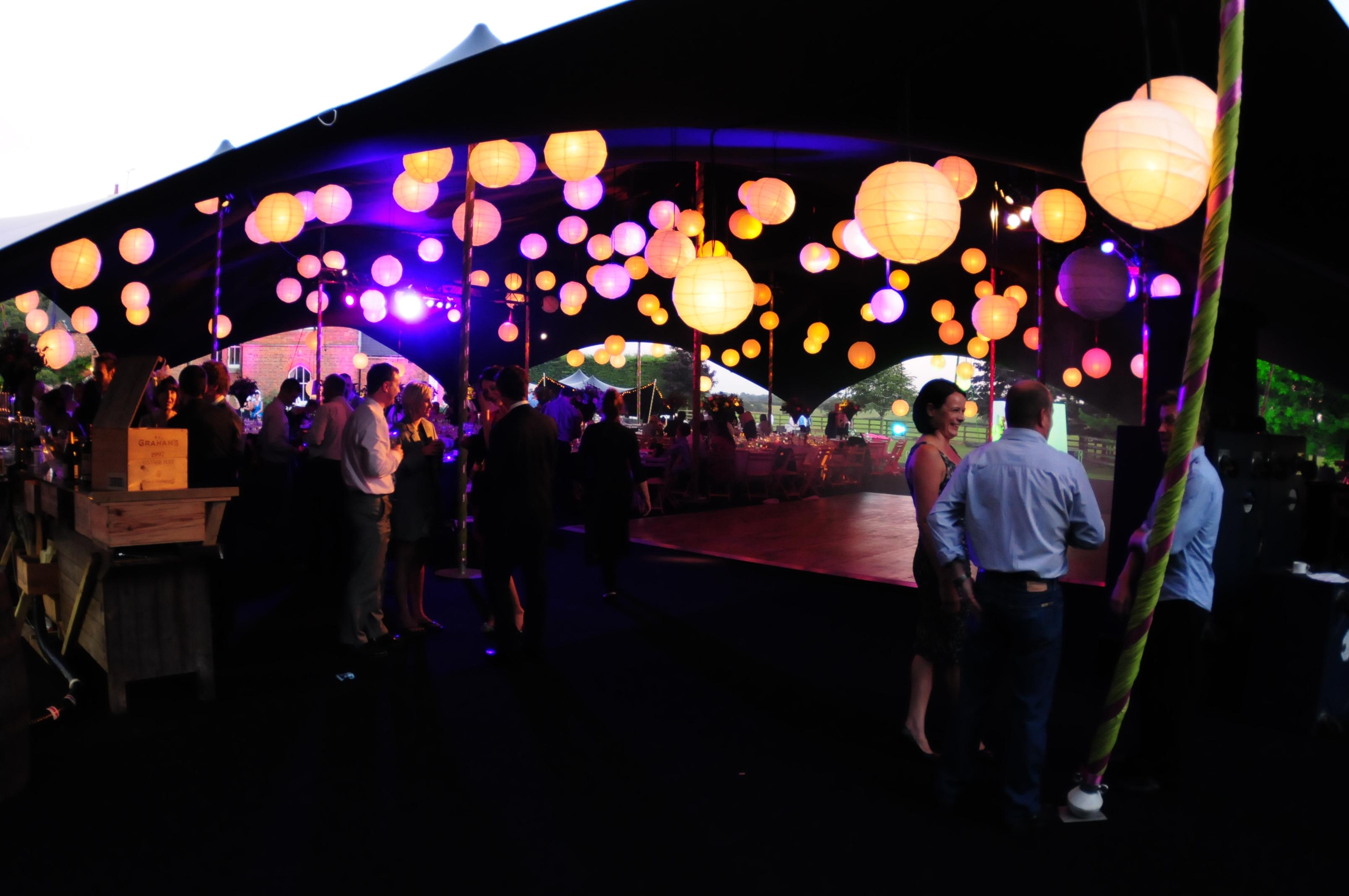 cheapo paper lanterns - twisted ?