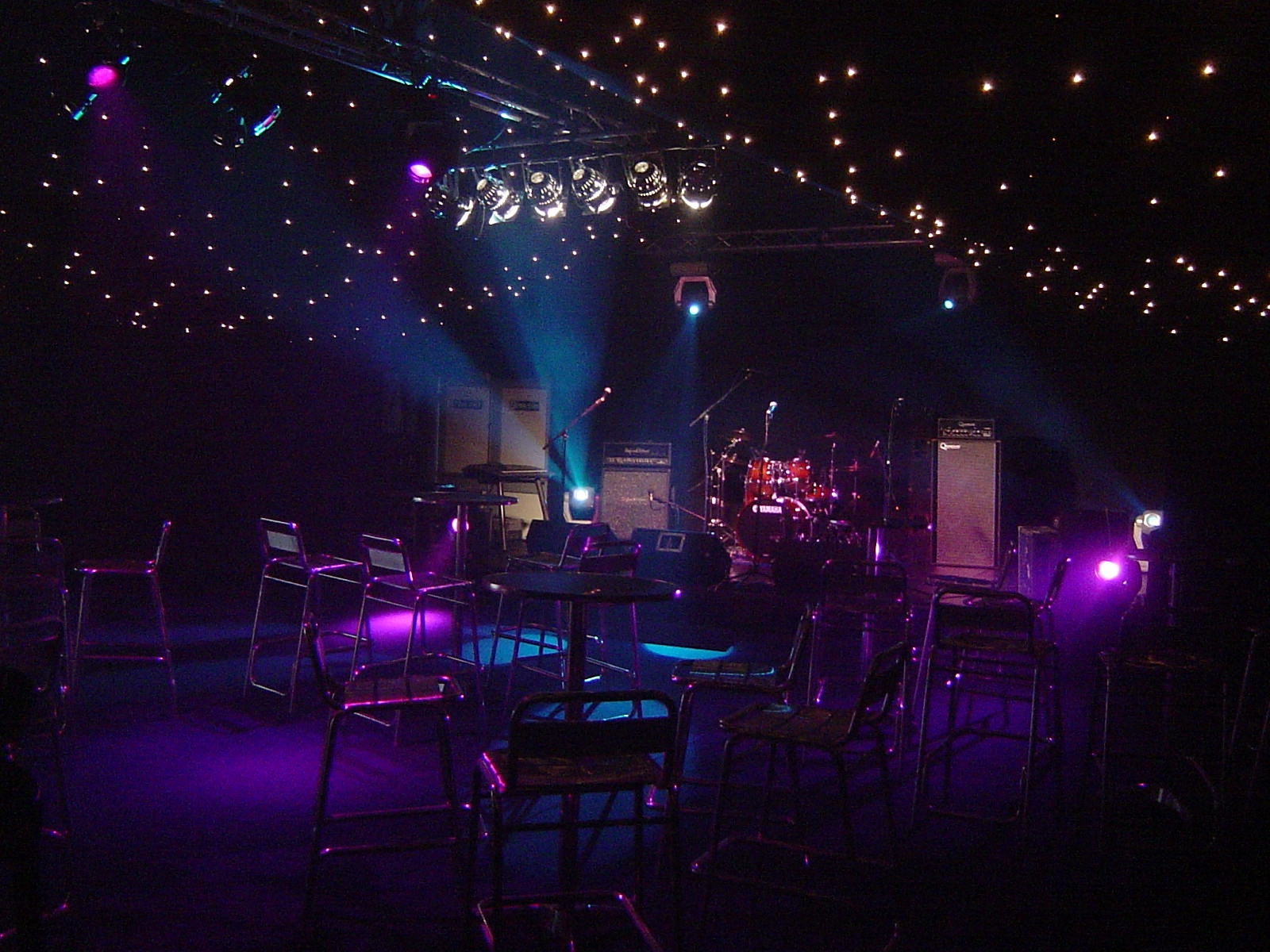 A very moody live performance stage