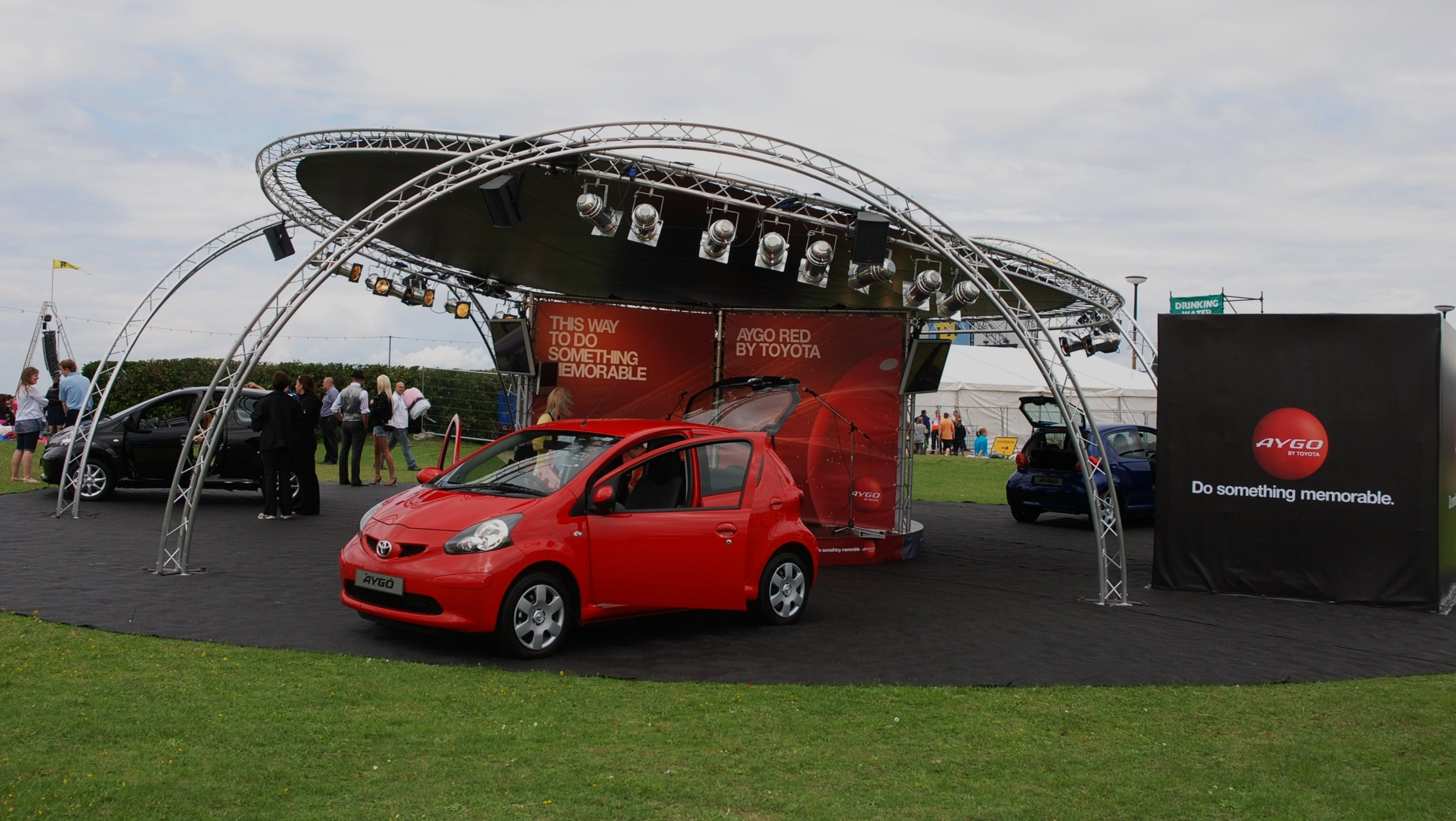 T4 on the beach, sponsors display