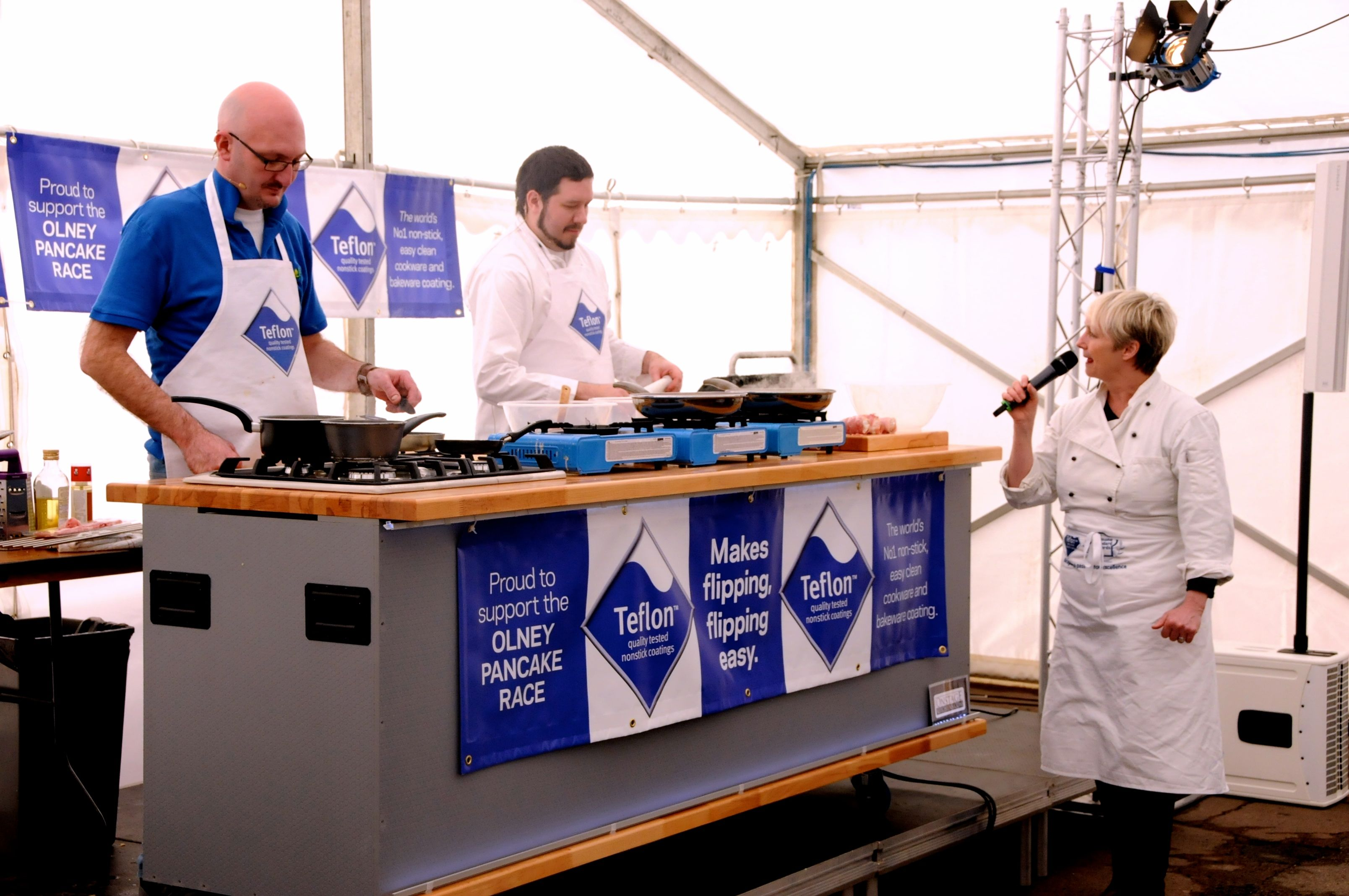 On Stage Kitchens - ready steady cookoff with Lesley Walters