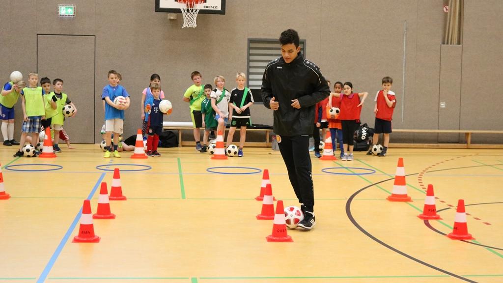 Dynamic-Soccer-School_Fußballschule_Fußballcamp (68)