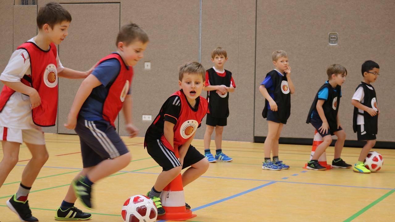 Dynamic-Soccer-School_Fußballschule-Fußballcamp (6)