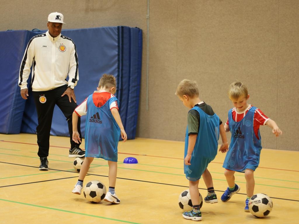 Dynamic-Soccer-School_Fußballschule_Fußballcamp (53)