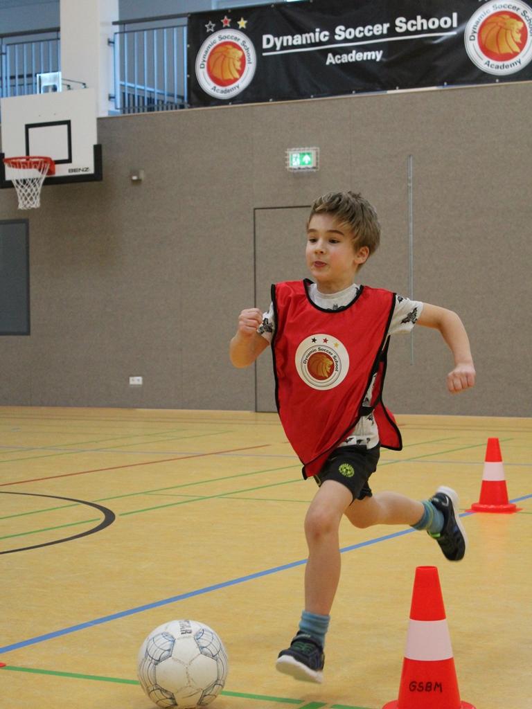 Dynamic-Soccer-School_Fußballschule-Fußballcamp (39)