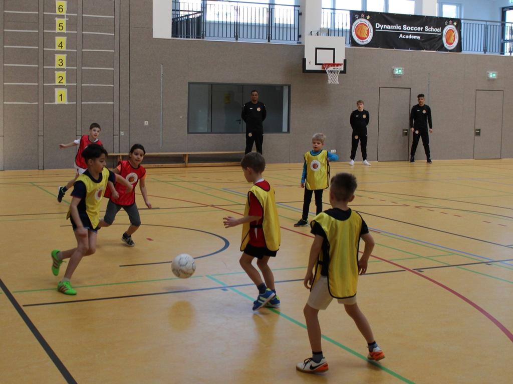 Dynamic-Soccer-School_Fußballschule-Fußballcamp (45)