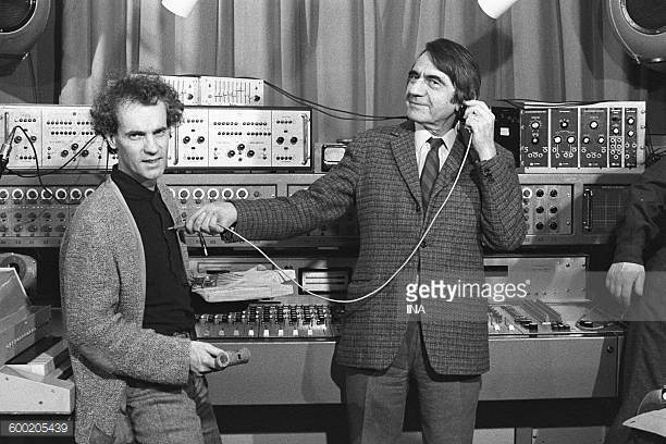 @ Pierre Schaeffer and François Bayle in the studio 54 of the center Bourdan, 1972