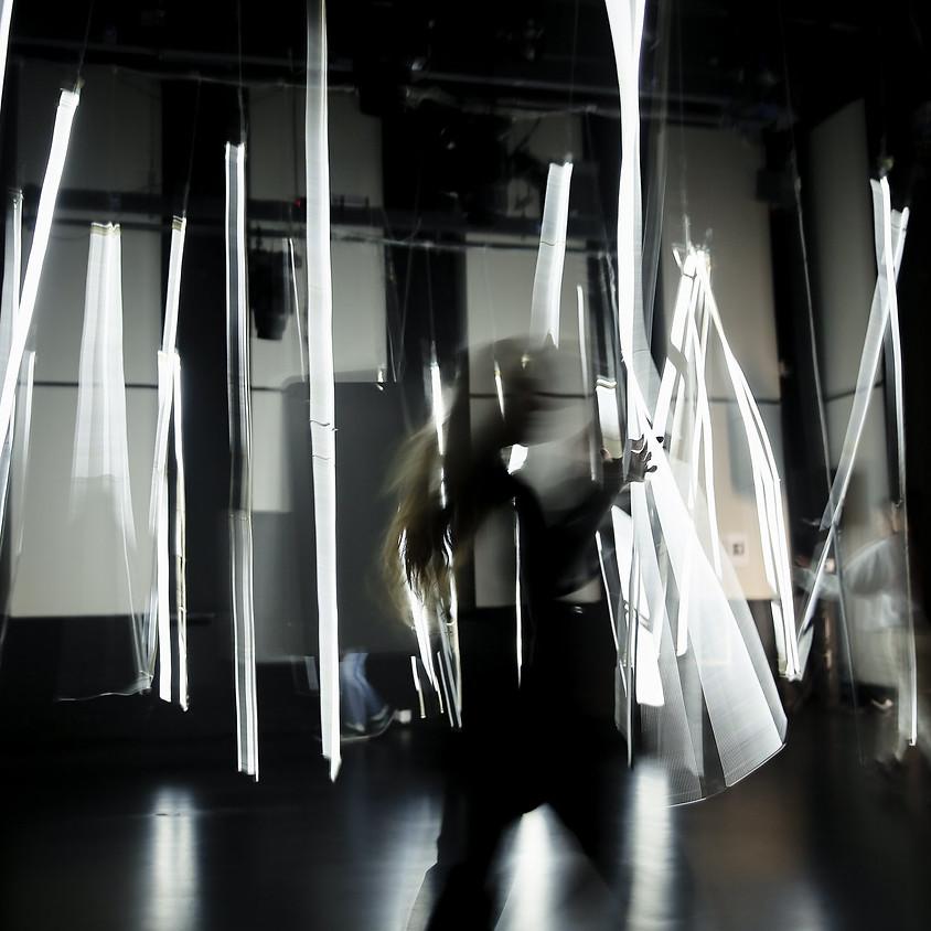 """Показ перформанса """"Thunder rhythms"""" в рамках Riga Performance festival Straptela 2021"""