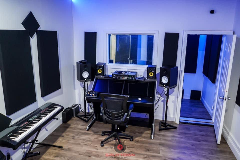 Hourly Professional Studio