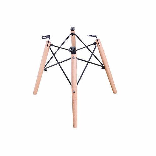 Lounge chair wooden cross base