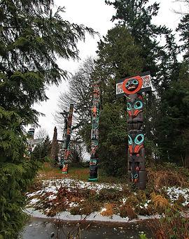 Totem Poles Stanley Park audio walking tour