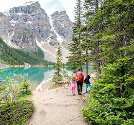 hiking trails lake agnes tea house audio walking tour