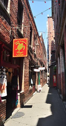 fan tan alley victoria harbour audio walking tour