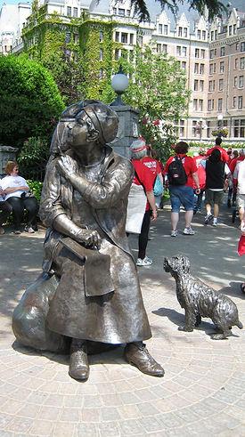 emily carr statue victoria harbour audio walking tour