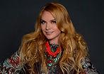 Варвара. Российская певица. Заслуженная артистка России. Исполняет песни в стилях европоп, этно-поп и фолк.