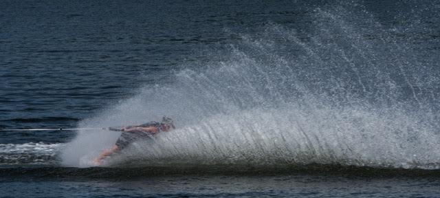 11.waterski show 03