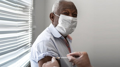 Quais são as vacinas que o idoso deve tomar?
