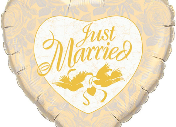 just married heart gold
