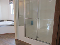 429 Master Bathroom 60'' Shower with Bench