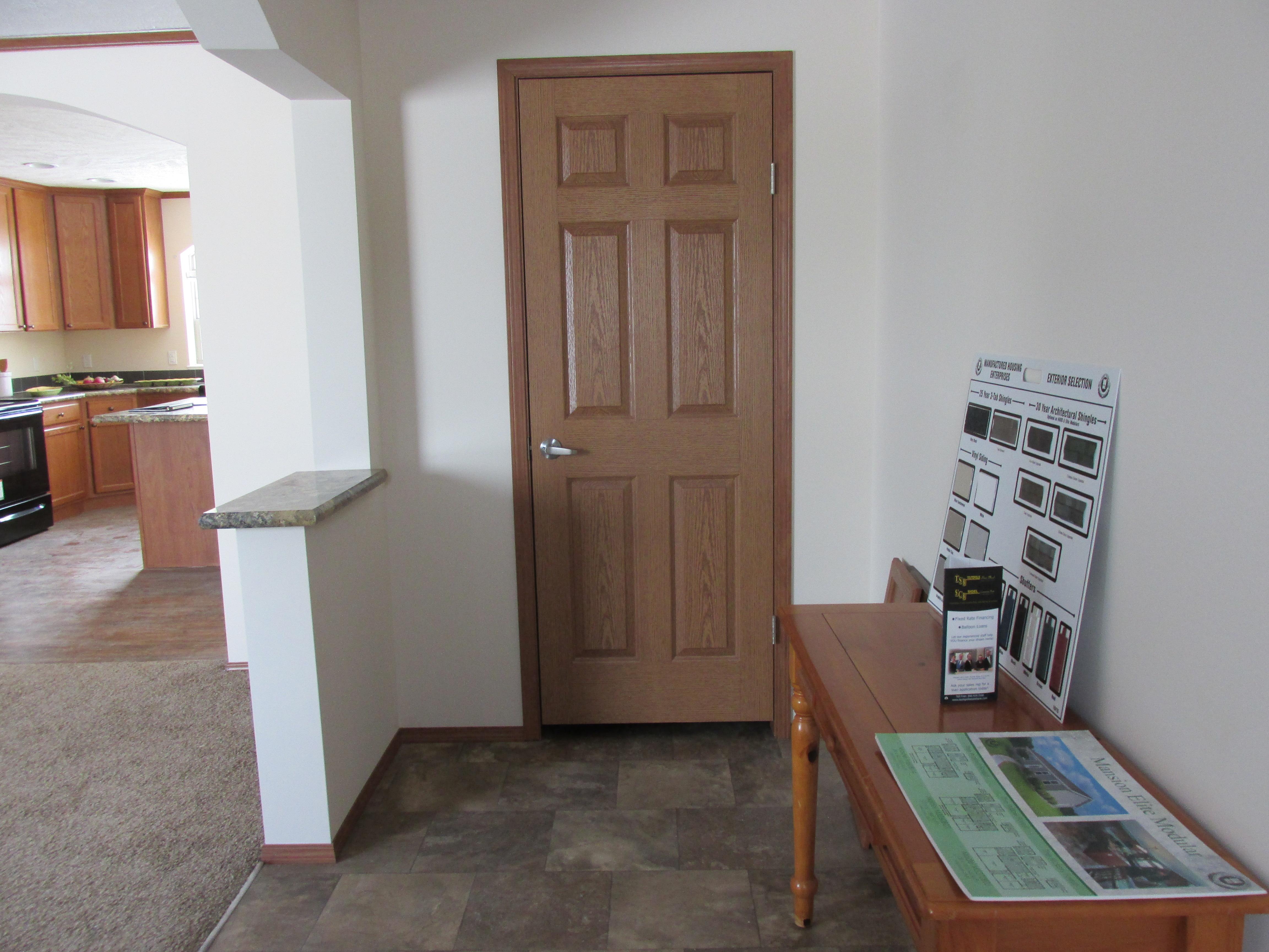 429 Foyer Closet