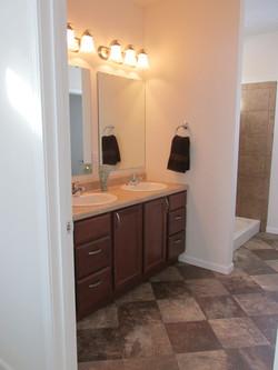 422 Master Bathroom