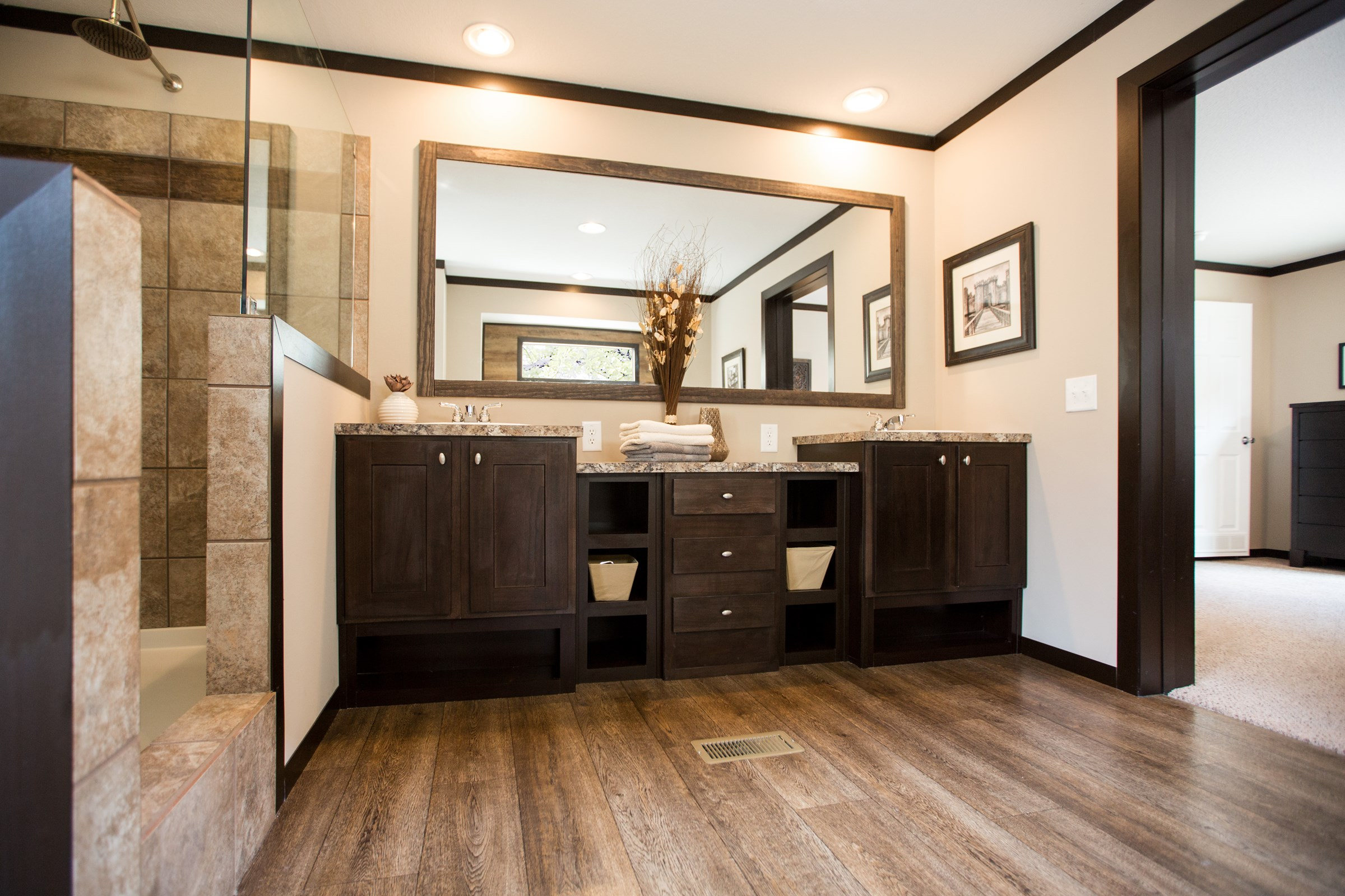 437 Master Bathroom