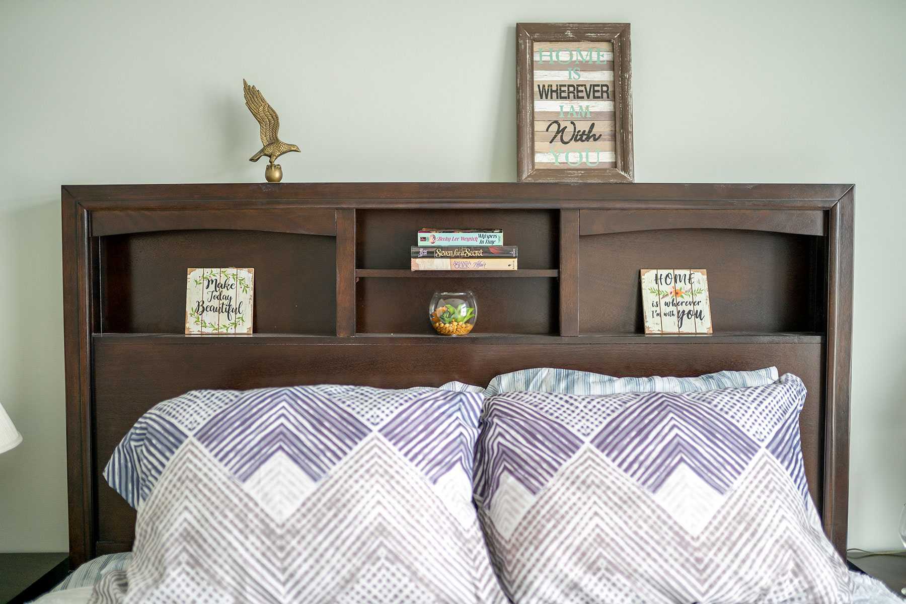 Ashley-master-bedroom-decor