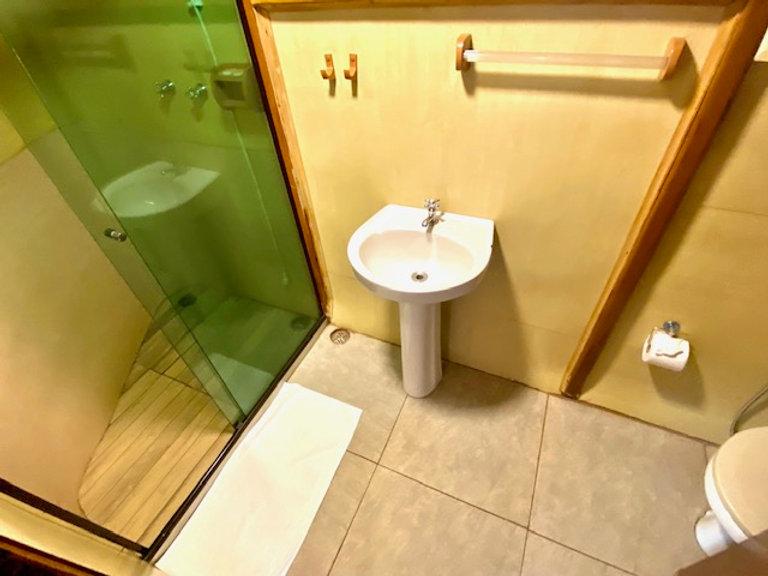 banheiro susp maior.jpg