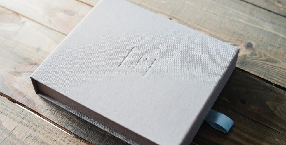 minimalist wedding album-6.jpg