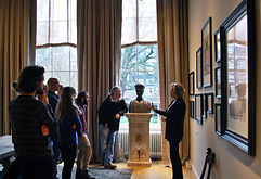 guided_tour_esther.jpg