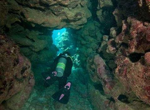 roatan-caverns