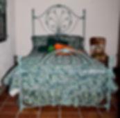 1-0296.jpg